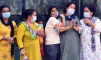 Bệnh viện Ấn Độ làm lễ cầu thần linh, người Việt tại Ấn lao đao giữa 'sóng thần' Covid-19