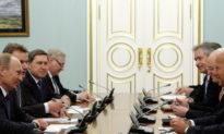 Chính quyền Biden trục xuất các nhà ngoại giao Nga và áp đặt các lệnh trừng phạt mới