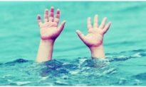2 nam sinh lớp 9 bị cuốn khi tắm biển Cửa Lò, một em đuối nước thương tâm
