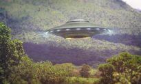 Nhìn thấy UFO bay ngang qua, người đàn ông Zimbabwe hoảng sợ tới mức ngã xe máy