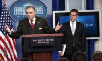 Cựu Bộ trưởng chính quyền ông Obama bí mật nhận tiền mặt từ nước ngoài