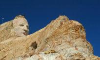 Tượng đài kỷ niệm Crazy Horse: dự án điêu khắc lớn nhất trong lịch sử liệu có được hoàn thành?
