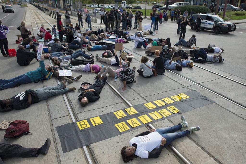 Black Lives Matter gửi 7 yêu sách mới, cấm ông Trump giữ chức vụ trong tương lai