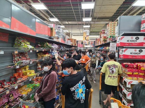 Những thay đổi thú vị trong hành vi người tiêu dùng Việt Nam do giãn cách xã hội