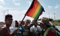 Biên giới của Joe Biden: Người chuyển giới được vào Hoa Kỳ vì là người di cư bất hợp pháp 'dễ bị tổn thương nhất'