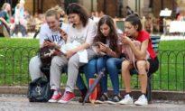 Điện thoại di động có thể làm tăng nguy cơ ung thư?