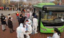 Trung Quốc: Hai tỉnh xuất hiện ca nhiễm Covid-19 cộng đồng, cáo buộc nhau là nơi bắt nguồn dịch bệnh