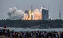 Mảnh vỡ tên lửa Trường Chinh 5B của Trung Quốc rơi xuống Trái đất