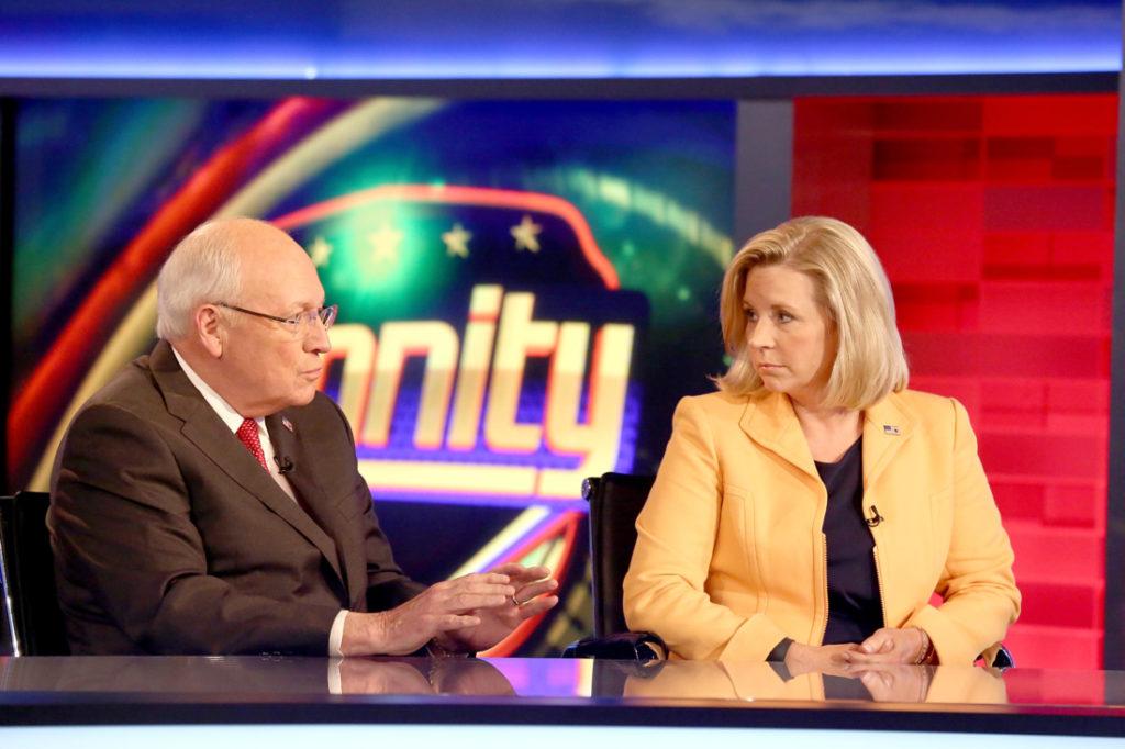 Bà Liz Cheney hé lộ việc tranh cử Tổng thống vào năm 2024, nói ông Trump là 'mối nguy hiểm'