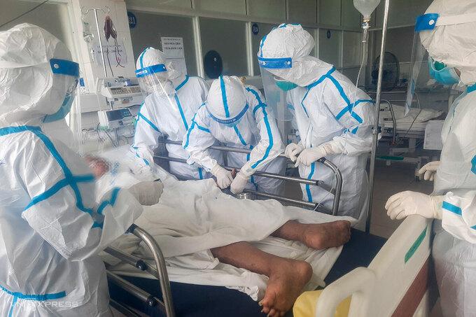 3 bệnh nhân Covid-19 trẻ tuổi liên tục tăng nặng