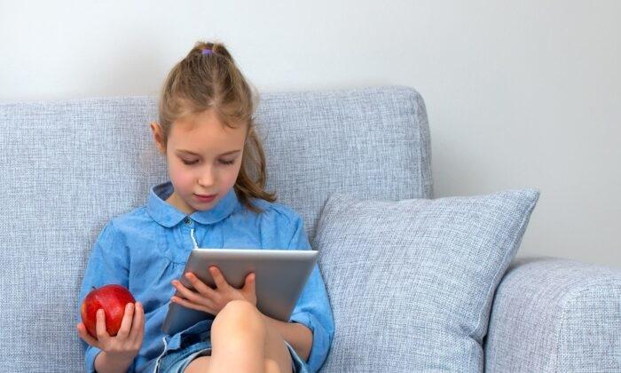 Covid-19 gia tăng tình trạng cận thị ở trẻ em, tại sao?