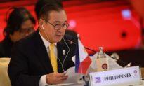 Ngoại trưởng Philippines tức giận: Trung Quốc hãy cút khỏi Philippine