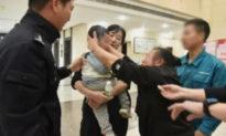 Trung Quốc: Cha bán con ruột rồi đi du lịch với vợ mới