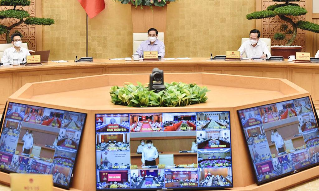 Dịch COVID-19 tăng mạnh: Thủ tướng họp trực tuyến với 63 tỉnh, thành