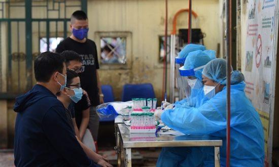 Việt Nam thêm 28 ca mắc mới; Theo sát 4 nguồn lây