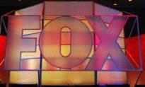 Fox News phản đối tin tức từ CNN về việc ban điều hành của Fox bí mật gặp gỡ chính quyền Biden