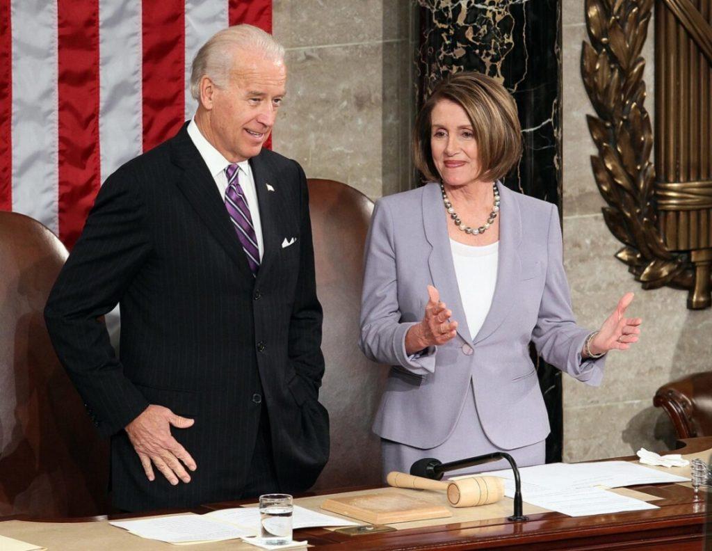 Biden và Pelosi có thể không được tham gia Tiệc Thánh vì ủng hộ nạo phá thai