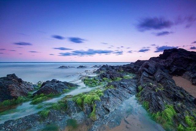Lùi một bước biển rộng trời trong (Nguồn ảnh: pexels)