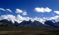 Vì sao núi Côn Luân được xem là ngọn núi Thần của Trung Quốc?