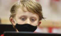 Tìm ra mầm bệnh nguy hiểm trên khẩu trang của học sinh ở bang Florida, Mỹ