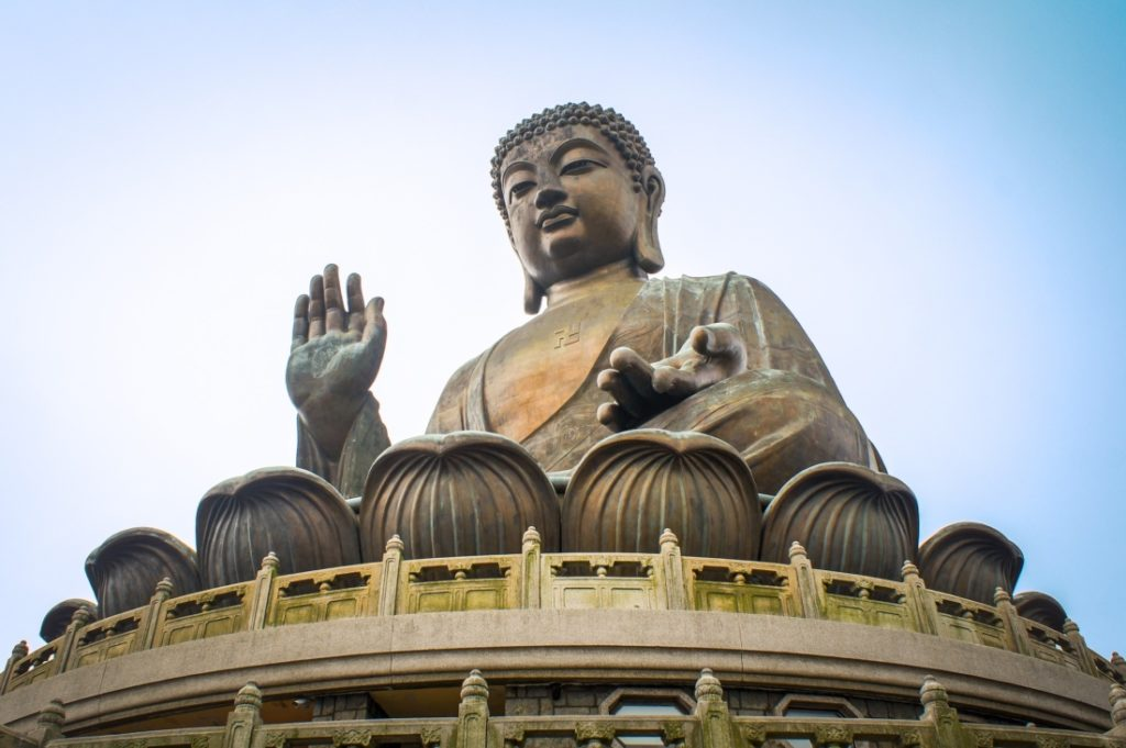 Tượng Phật được điêu khắc như thế nào?