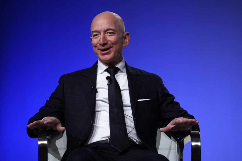 Jeff Bezos tài trợ cho một phòng thí nghiệm để kéo dài tuổi thọ của mình