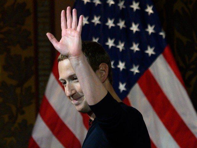 Nhà làm phim lịch sử Mỹ: Mark Zuckerberg là 'kẻ thù của nước Mỹ'