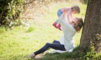 Phúc báo lớn nhất của gia đình là nuôi dưỡng được trẻ có lòng biết ơn