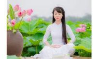 Ngồi thiền ở tư thế kiết già giúp phục hồi sức khỏe thần kỳ