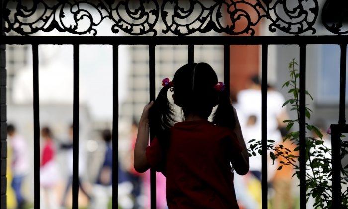 Sự thật đáng sợ đằng sau 'Chính sách ba con' của Chính quyền Trung Quốc