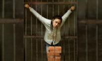 Bắc Kinh cưỡng chế từ bỏ đức tin: Có đến 108 cách tra tấn tàn bạo, ai có thể sống sót rời khỏi đây?