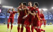 Đội tuyển Việt Nam lần đầu tiên vào vòng loại 3 World Cup