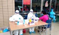 Hà Nội: 3 bé trai dương tính SARS-CoV-2 liên quan ổ dịch ở Đông Anh