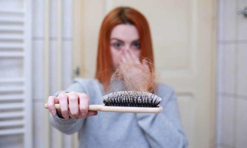 Vì sao hói đầu và rụng tóc - Nhìn tóc đoán bệnh và phương pháp cải thiện sức khoẻ cơ thể