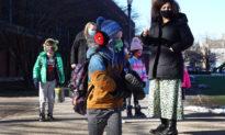Chicago - Mỹ: Học sinh lớp 5 được sử dụng bao cao su miễn phí