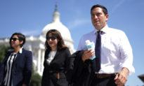 Thêm 2 dân biểu Dân chủ Texas bỏ trốn dương tính với virus Corona Vũ Hán