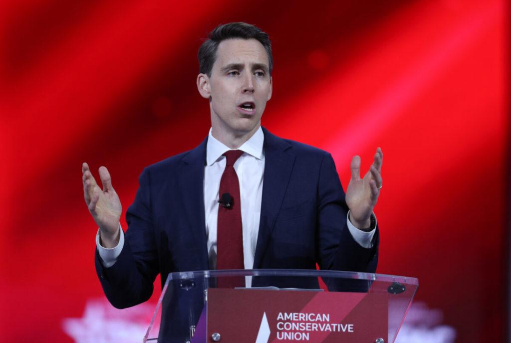 TNS Josh Hawley đề xuất 'Đạo luật Yêu nước Mỹ' để đảm bảo trường học dạy 'chân lý cơ bản'