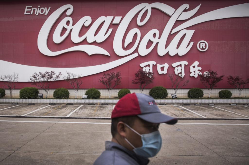 TNS Tom Cotton chất vấn vì sao Coca-Cola 'không dám' lên án ĐCS Trung Quốc
