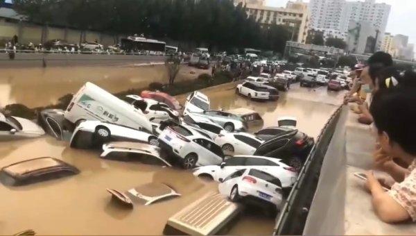 'Thời báo Hoàn cầu' phiên bản Tiếng Anh tiết lộ: Lũ lụt ở Hà Nam là do vỡ đập hồ chứa; đập Tam Hiệp có vết nứt