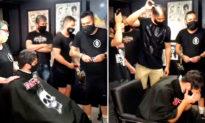 Thế nào là đồng cảm? - Bệnh nhân ung thư bật khóc khi các nhân viên tiệm cắt tóc lần lượt cạo đầu (Video)