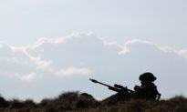 Tay súng 'siêu bắn tỉa' của Anh tiêu diệt 5 phần tử IS chỉ bằng 'một phát bắn'