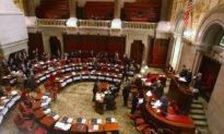 Thượng viện Mỹ thông qua dự luật cấm tất cả sản phẩm từ Tân Cương