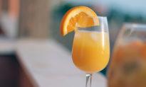 Dùng nước cam có thể tạo kết quả dương tính trên bộ xét nghiệm nhanh Covid-19