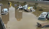 Lũ lụt lịch sử ở Hà Nam hay 'não ngập nước'? - Đảng viên Trung Quốc cảnh báo đó là 'Vũ khí thời tiết' của thế lực thù địch