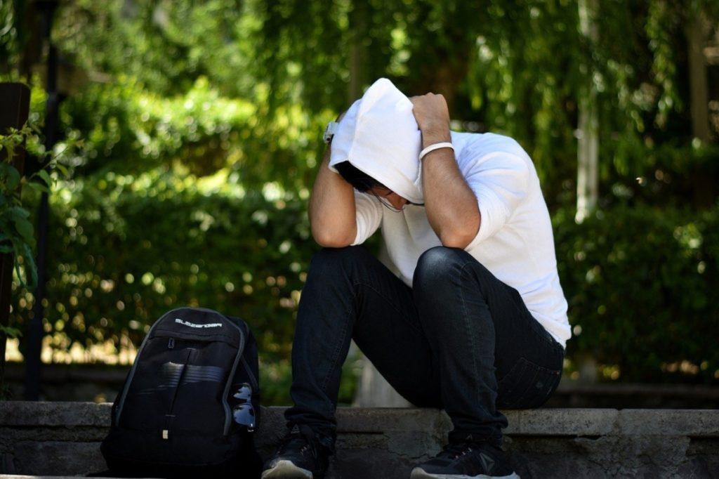 Du học sinh Trung Quốc: Chi 200.000 USD đi du học, về nước lương tháng chỉ 600 USD