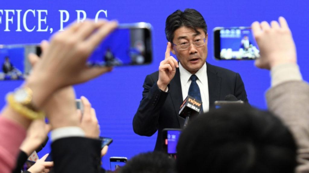 Giám đốc CDC Trung Quốc tiết lộ bản thân đã tiêm trộn 3 loại vaccine COVID-19