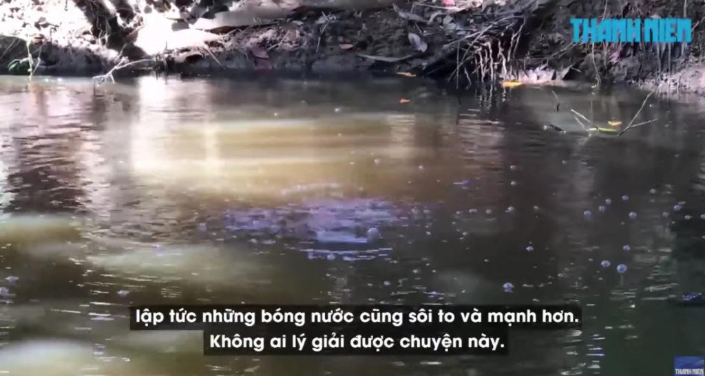 Lạ kỳ 'Hồ nước sôi' nhiều đời không dứt ở miền Tây: 'Nói chuyện lớn tiếng thì nước sôi càng to và mạnh'
