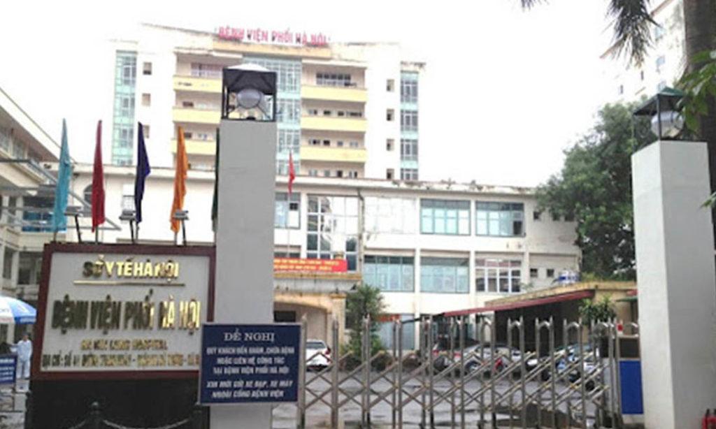 Bệnh viện Phổi Hà Nội dừng tiếp bệnh nhân sau khi phát hiện các ca nhiễm COVID-19