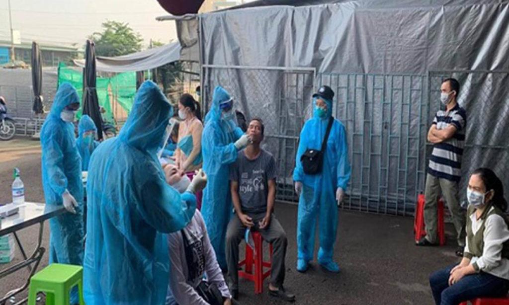 Đồng Nai thêm 130 ca mắc mới, gần 20 nhân viên y tế bị lây nhiễm COVID-19