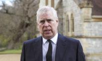 Người tố cáo Triệu phú ấu dâm Epstein kiện Hoàng tử Andrew của Anh vì lạm dụng tình dục
